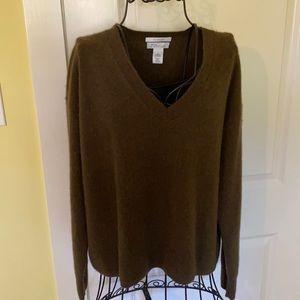 Nordstrom Signature V-Neck 100% Cashmere Sweater